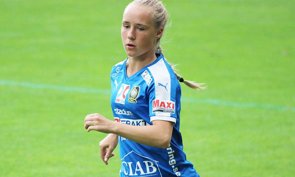 Swedberg ater damfotboll malskytt i comeback