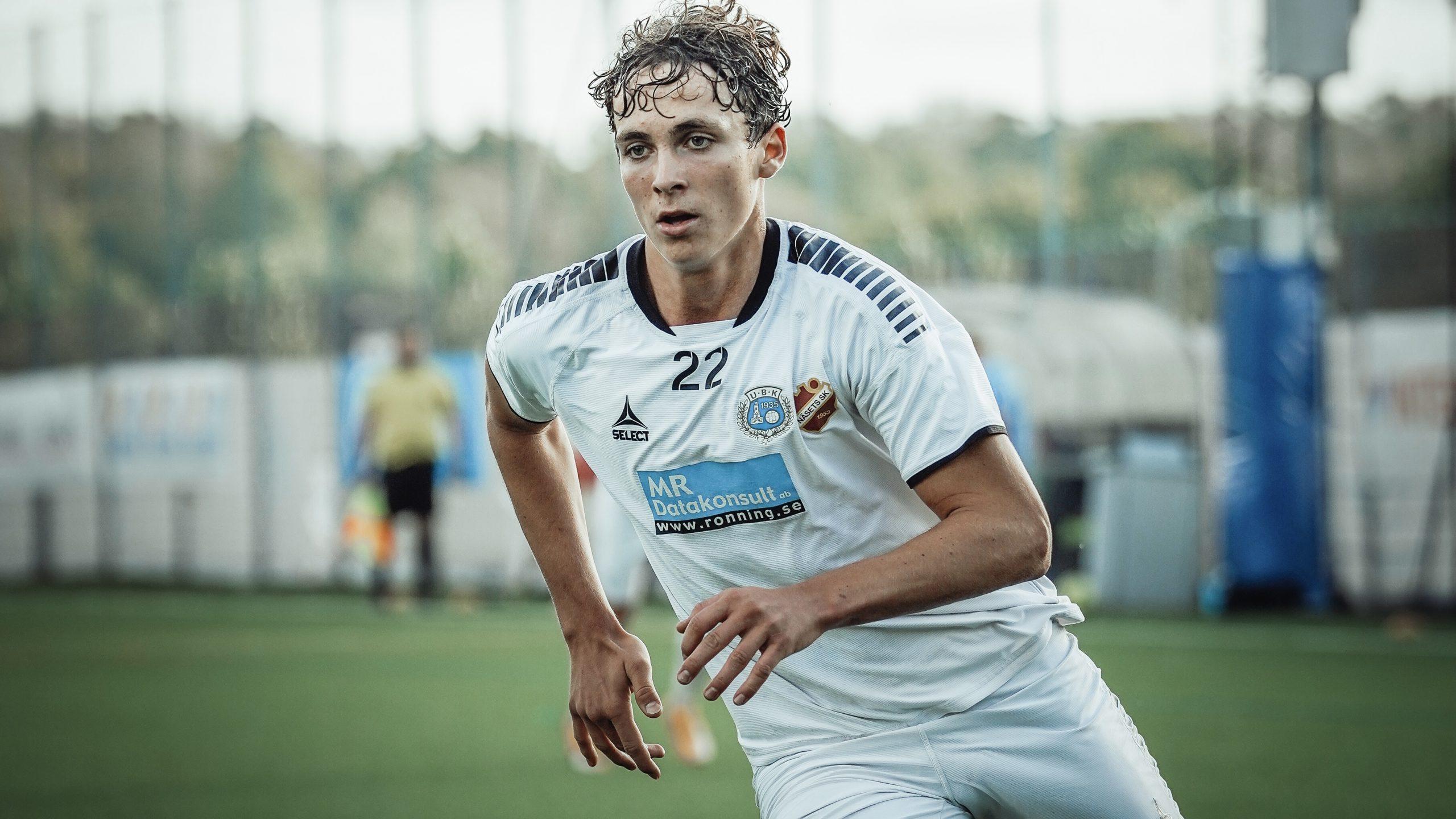 Utsiktens BK skriver avtal med Lukas Johansson